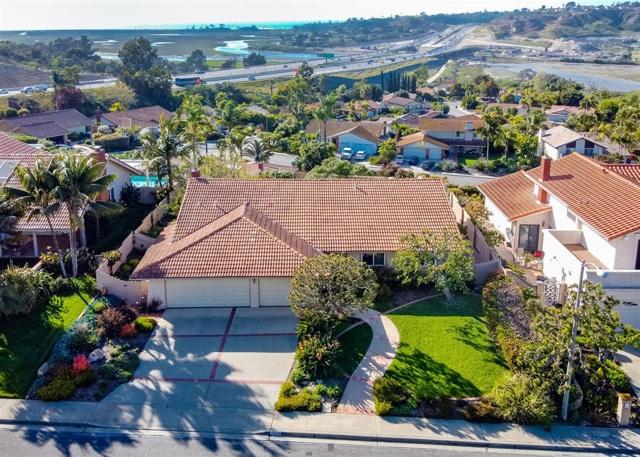 717 Santa Olivia, Solana Beach, CA 92075