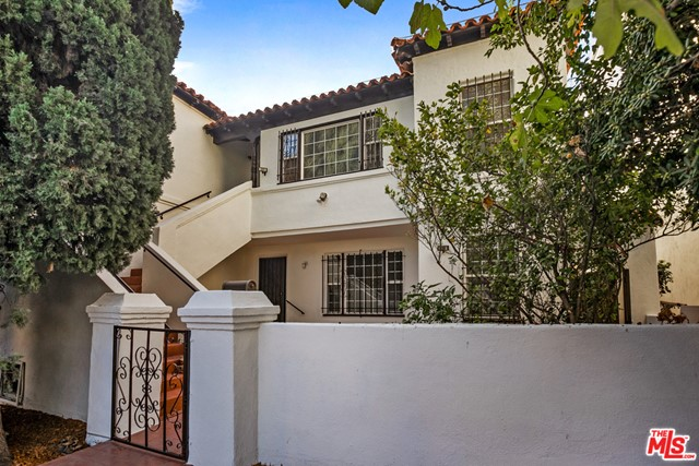 231 S Doheny Drive, Beverly Hills, CA 90211