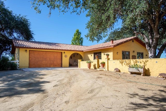 68205 Dafino Lane, Lockwood, CA 93932
