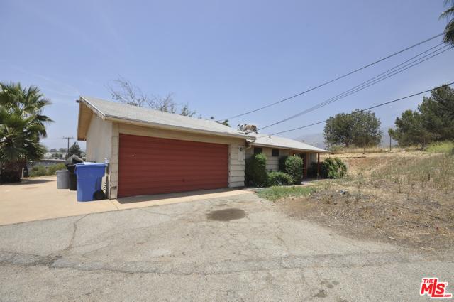 13441 FOOTHILL Boulevard, Sylmar, CA 91342