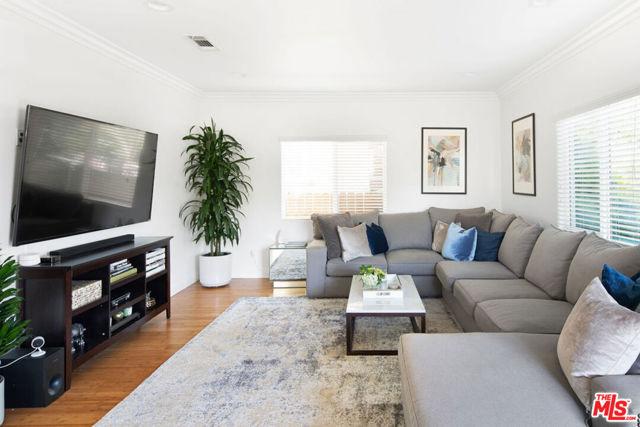 2. 1365 S Hudson Avenue Los Angeles, CA 90019