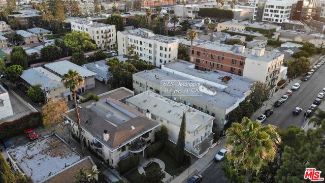 6224 De Longpre Avenue, Los Angeles CA: https://media.crmls.org/mediaz/A56159D5-21AA-4CDE-A72C-B1D51FED141B.jpg