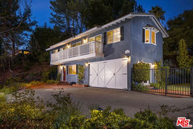 25601 HUCKLEBERRY Drive, Calabasas, CA 91302