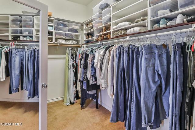 lMain Bedroom Suite9