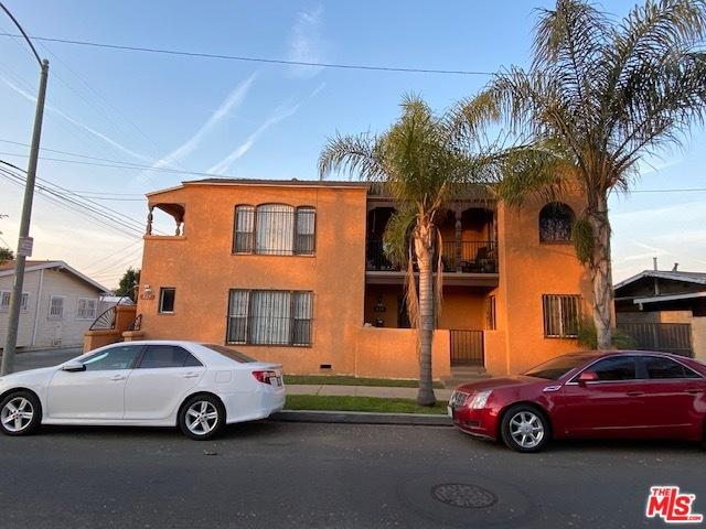 825 E 21ST Street, Long Beach, CA 90806