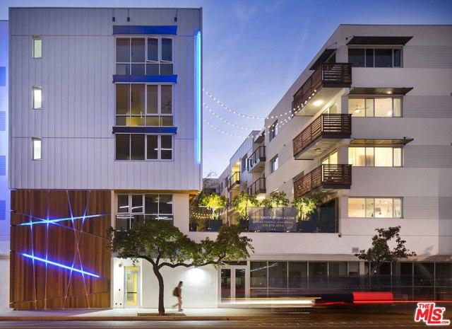 525 BROADWAY, Santa Monica, California 90401, ,1 BathroomBathrooms,Residential,For Rent,BROADWAY,21701302