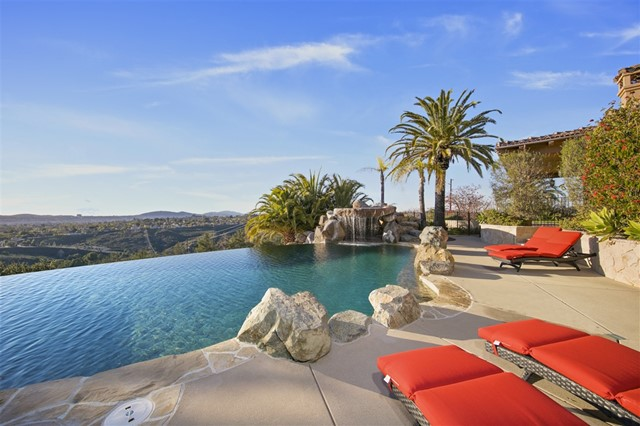 17087 Old Coach Rd, Poway, CA 92064