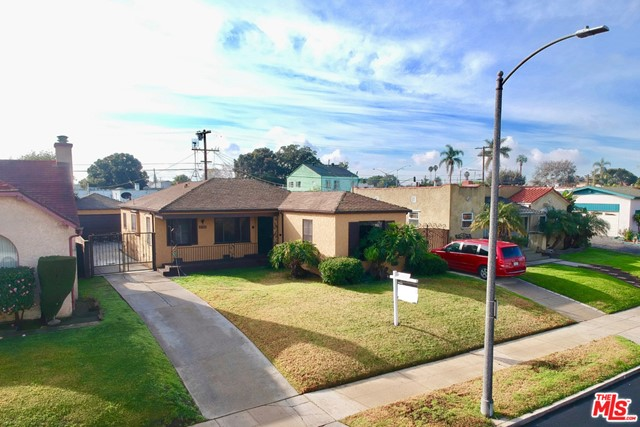 2136 W 78Th Place, Los Angeles, CA 90047