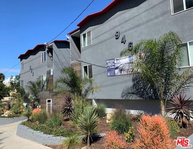 946 W BEACH Avenue, Inglewood, CA 90302