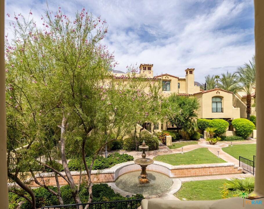 245   E Villorrio Drive, Palm Springs CA 92262