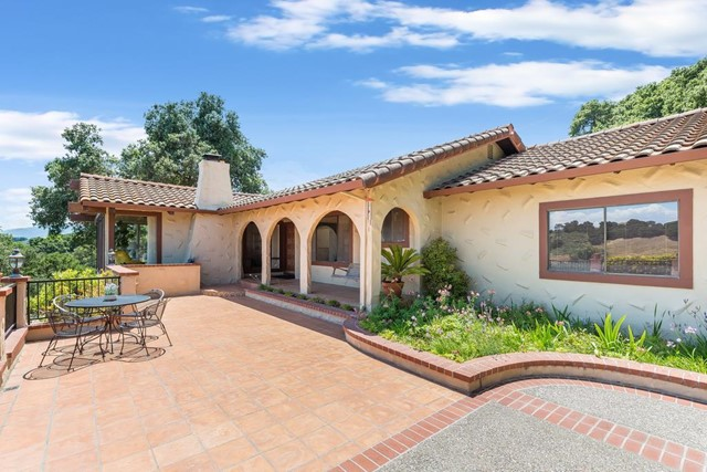 22322 Regnart Road, Cupertino, CA 95014