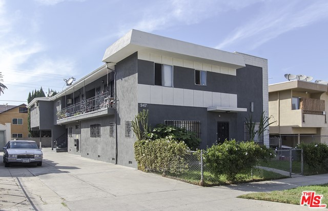 947 S ST ANDREWS Place, Los Angeles, CA 90019