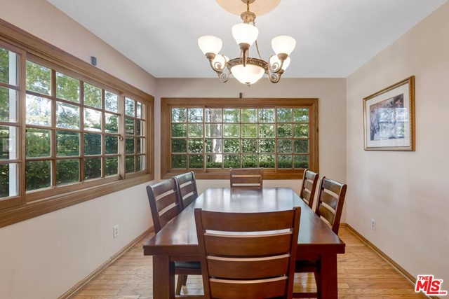 14. 4420 Da Vinci Avenue Woodland Hills, CA 91364