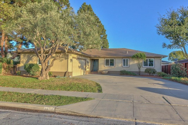 1103 Teakwood Place, Salinas, CA 93901