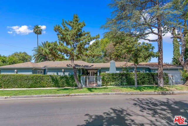 13821 DAVANA Terrace, Sherman Oaks, CA 91423