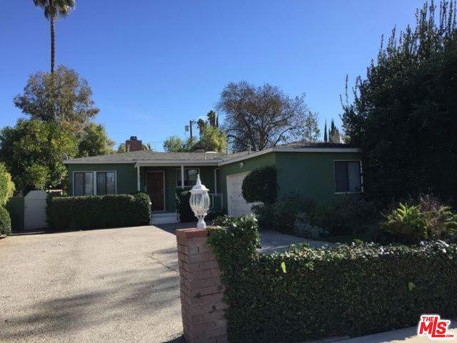 Photo of 5826 VANALDEN Avenue, Tarzana, CA 91356
