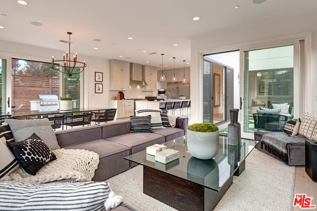 12506 STANWOOD Place, Los Angeles, CA 90066