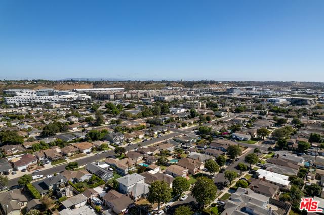 28. 12054 Hammack Street Culver City, CA 90230