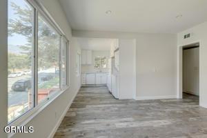 2113 Glenada Av, Montrose, CA 91020 Photo 3