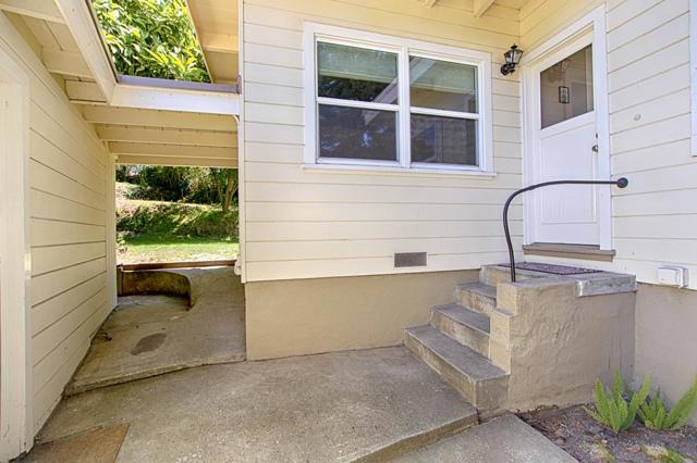13. 404 Murray Avenue Aptos, CA 95003