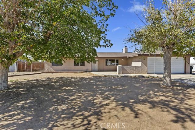 13090 Yakima Road Apple Valley CA 92308