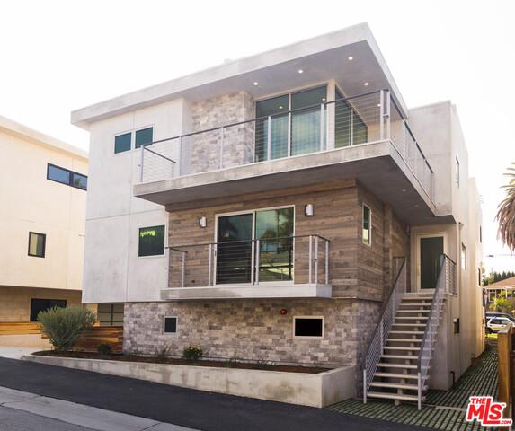 609 LONGFELLOW Avenue, Hermosa Beach, California 90254, 4 Bedrooms Bedrooms, ,3 BathroomsBathrooms,For Sale,LONGFELLOW,17196638