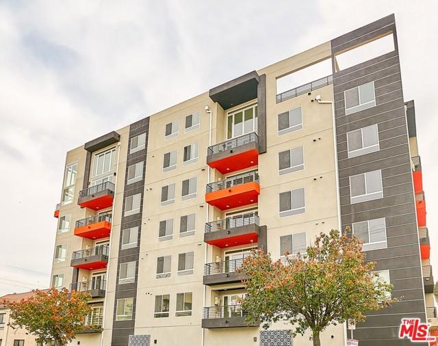 900 S Kenmore Avenue Los Angeles, CA 90006