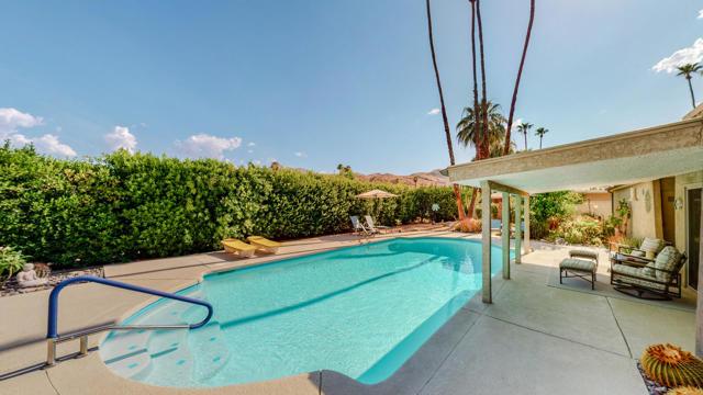 31. 5337 E Lakeside Drive Palm Springs, CA 92264