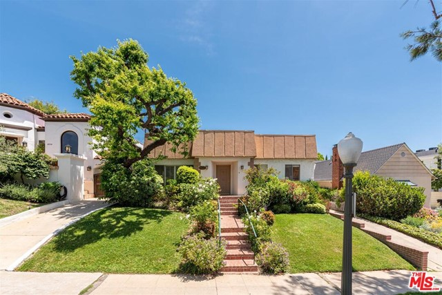 10538 WELLWORTH Avenue, Los Angeles, CA 90024