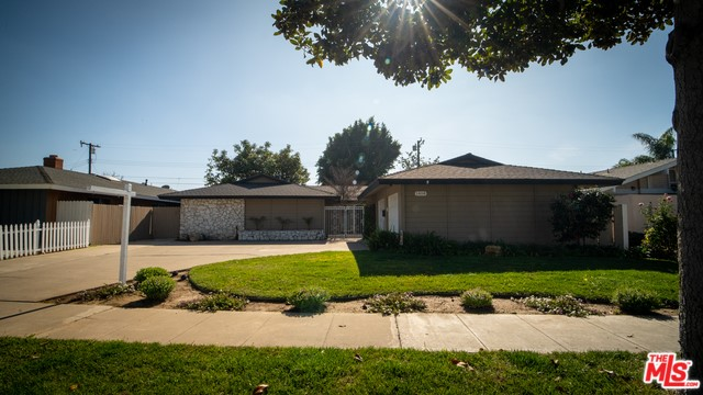 1408 E FAIRWAY Drive, Orange, CA 92866