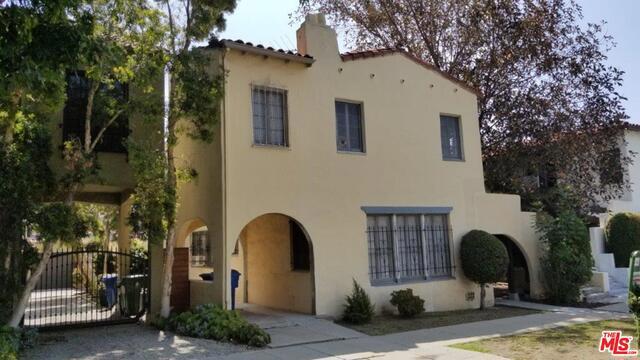 632 N WINDSOR, Los Angeles, CA 90004