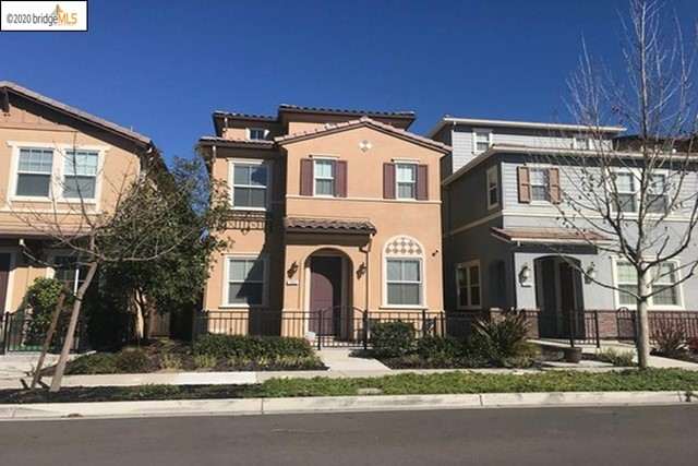 3 STORY PALMILLA TOWNHOME! 3 BEDROOMS PLUS LARGE 3RD FLOOR BONUS ROOM! COMPLETED BUILD IN 2014! UPDATED KITCHEN WITH GRANITE AND EATING BAR! ATTACHED OVERSIZED 2 CAR GARAG! FENCED FRONT YARD! WOOD PLANK FLOOR ENTRY LEVEL! LAUNDRY ROOM CONVENIENT TO BEDROOMS! ALL THIS AND CENTRAL BRENTWOOD CONVENIENT TO ALL!