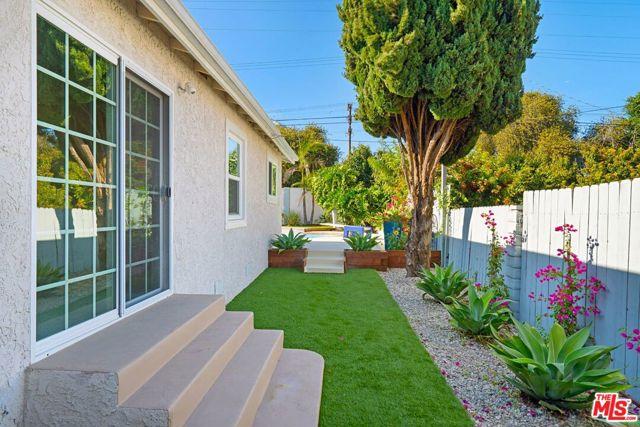 Image 21 of 8035 Kittyhawk Ave, Los Angeles, CA 90045
