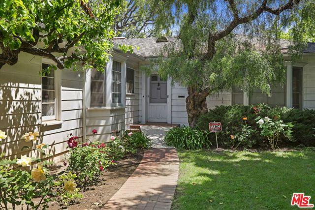 530 Avondale Av, Los Angeles, CA 90049 Photo 3