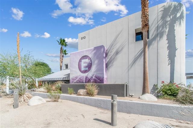 810 N Farrell Dr, Palm Springs, CA 92262