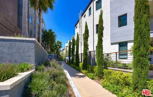 12655 Bluff Creek Dr, Playa Vista, CA 90094 Photo 23
