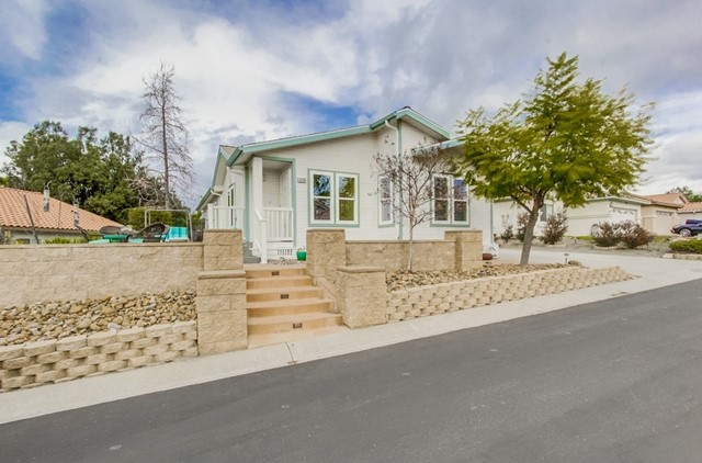 2320 COLUMBINE RD, Alpine, CA 91901