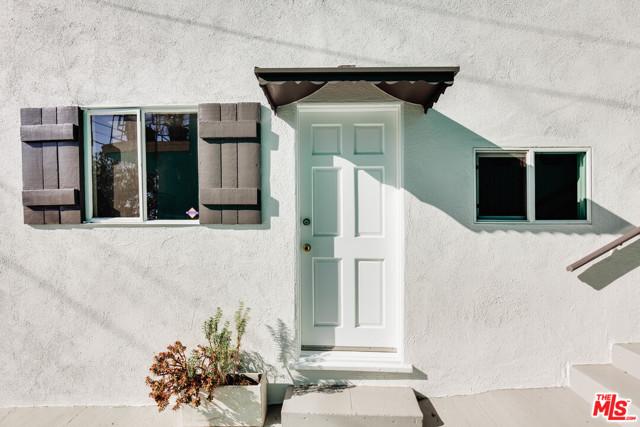 18. 1628 N Easterly Terrace Los Angeles, CA 90026