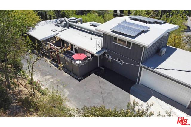 44. 4901 Escobedo Drive Woodland Hills, CA 91364