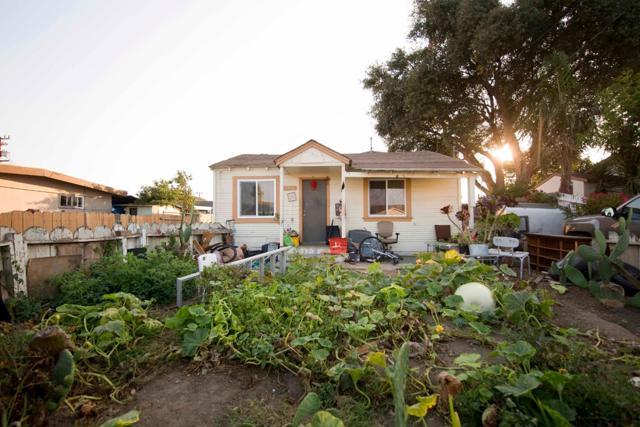 1210 Del Monte Avenue, Salinas, CA 93905