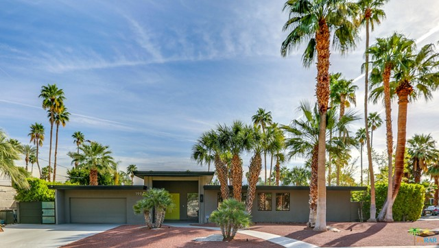 1994 YUCCA Place, Palm Springs, CA 92264