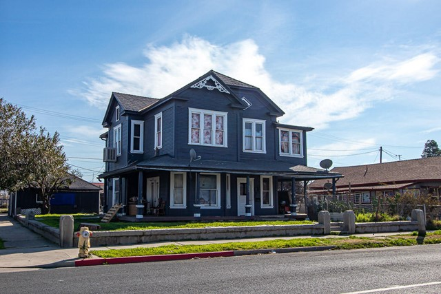 308 3rd Street, Porterville, CA 93257