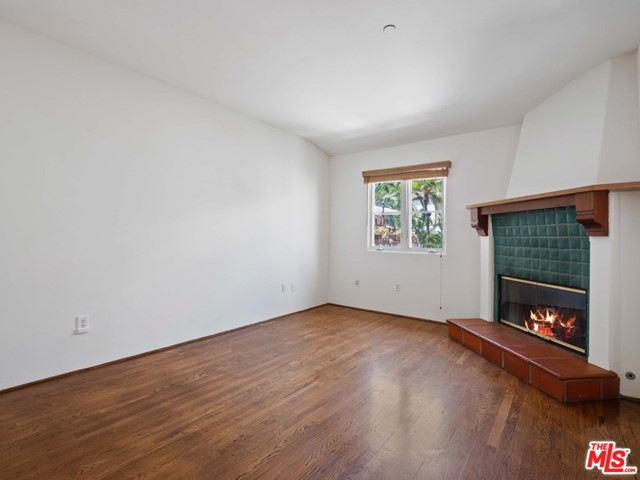11. 1414 N Harper Avenue #16 West Hollywood, CA 90046