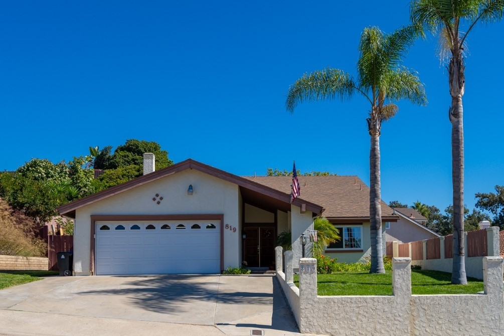 Wonderful 2 story Chula Vista home with 4 beds and 2-1/2 baths. Large Downstairs Master and other 3 beds upstairs. Vaulted ceiling in living room with beautiful iron railing at stairs and fireplace. Spacious kitchen with stainless steel appliances open to the family room. Tile floor and laminate throughout home. Sizable back yard with covered patio and fruit trees for entertaining or just hanging out with friends and family. Neighborhoods: Hilltop Vista Equipment:  Dryer, Washer Other Fees: 0 Sewer:  Sewer Connected