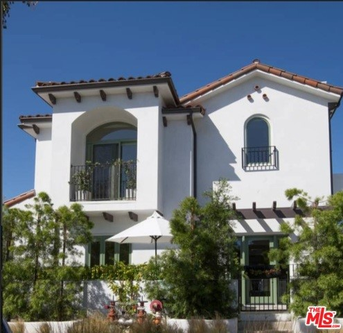 1319 YALE Street 4, Santa Monica, CA 90404