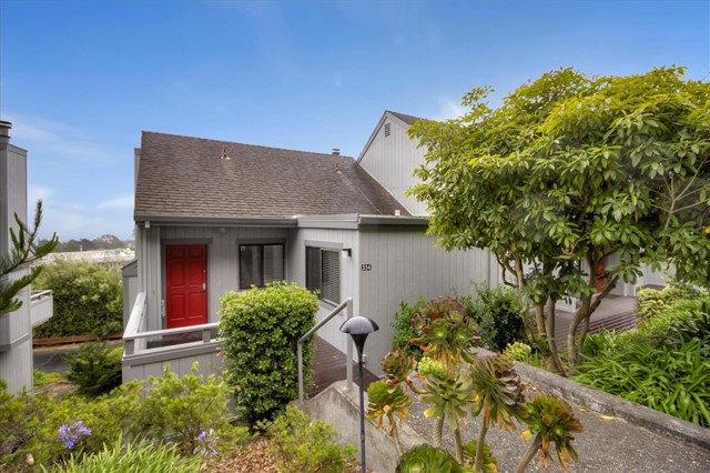 334 Innisfree Drive, Daly City, CA 94015