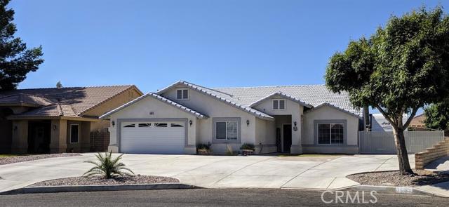 14821 Brewster Lane, Helendale, CA 92342