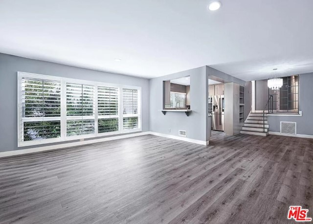Come visit this beautifully updated large 3 bed 2 bath unit. Elegantly updated finishes. Location is perfect and ideal. Walk to Bristol Farms or Rodeo Drive. Comes with 2 parking space, tandem. Shared laundry room. GIANT private balcony. Lots of private outdoor space.