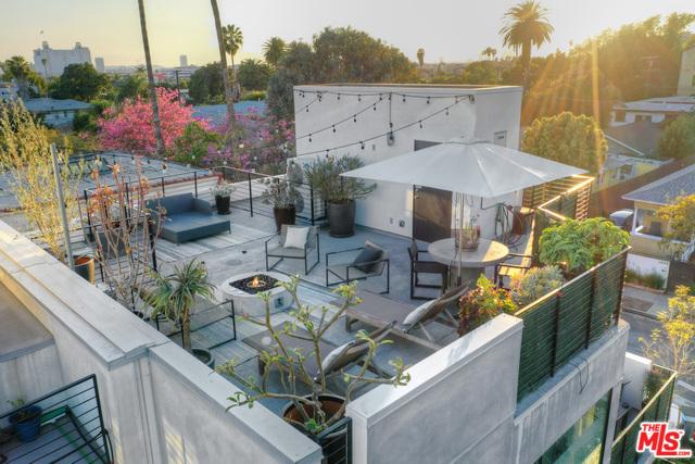 6687 Daychar, Hollywood, CA 90028