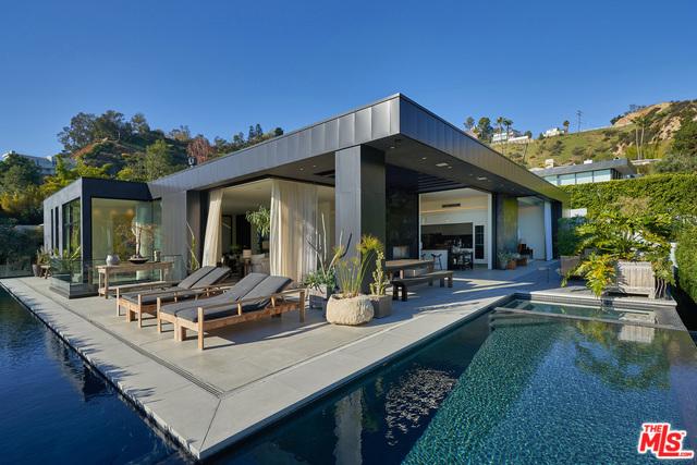 1814 MARCHEETA Place, Los Angeles, CA 90069